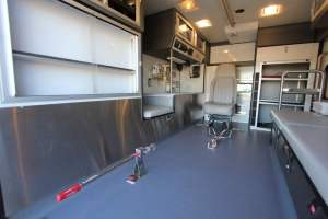 0r-1606-portola-california-medical-services-2017-road-rescue-ambulance-remount-15
