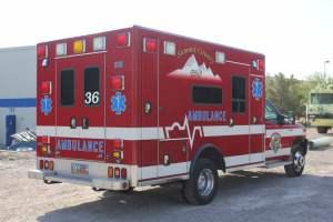 z-1638-summit-fire-department-2017-ammbulance-remount-005
