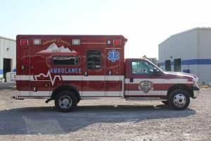 z-1638-summit-fire-department-2017-ammbulance-remount-006