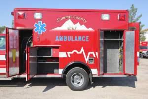 z-1638-summit-fire-department-2017-ammbulance-remount-009
