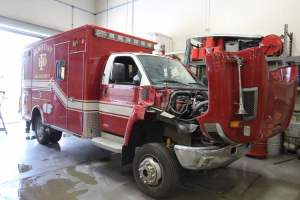x-1640-flasgatff-fire-department-2017-ambulance-remount-01