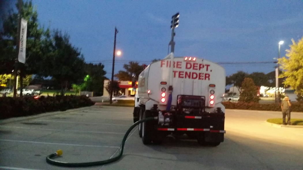international  gallon tender  firetrucks unlimited