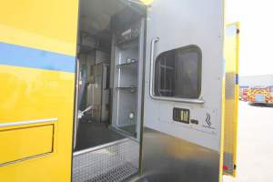 z-1653-clark-county-fire-department-2017-ambulance-remount-021