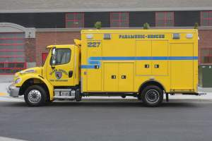 o-1655-clark-county-fire-department-ambulance-remount-02
