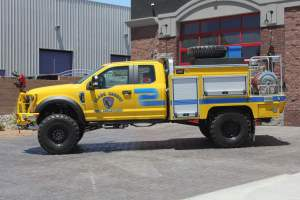 r-1670-clark-county-fire-department-rebel-ype-6-brush-truck-002