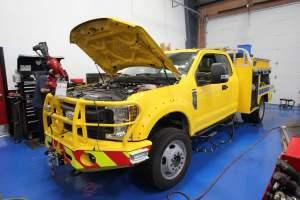 x-1670-clark-county-fire-department-rebel-ype-6-brush-truck-01