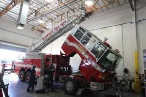 p-1701-flagstaff-fire-department-1998-pierce-quantum-aerial-refurbishment-001