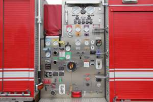 z-1769-2009-seagrave-4x4-pumper-for-sale-013
