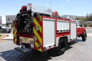 b-1830-marine-corps-barstow-2005-ford-f550-type-6-remount-05