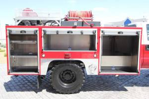 b-1830-marine-corps-barstow-2005-ford-f550-type-6-remount-13