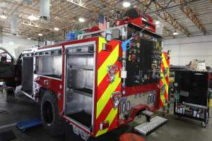 q-1830-marine-corps-barstow-2005-ford-f550-type-6-remount-04