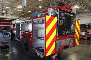 r-1830-marine-corps-barstow-2005-ford-f550-type-6-remount-03