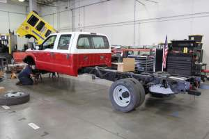 y-1830-marine-corps-barstow-2005-ford-f550-type-6-remount-01
