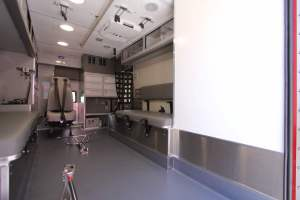 0b-1843-north-las-vegas-fire-department-2018-ambulance-remount-0027