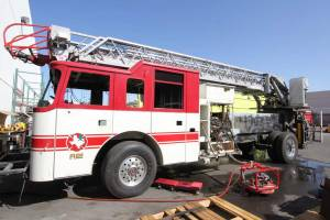 r-1861-fort-mojave-mesa-fire-department-2000-pierce-dash-aerial-refurbishment-001