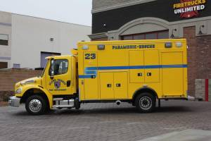 n-1878-clark-county-fire-department-2002-road-rescue-ambulance-remount-002