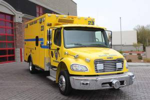 n-1878-clark-county-fire-department-2002-road-rescue-ambulance-remount-007