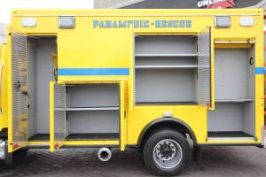n-1878-clark-county-fire-department-2002-road-rescue-ambulance-remount-009
