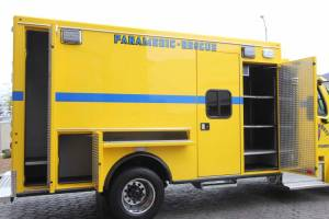 n-1878-clark-county-fire-department-2002-road-rescue-ambulance-remount-015