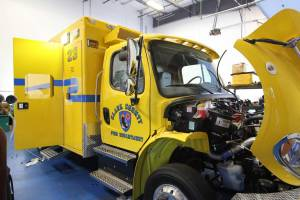 o-1878-clark-county-fire-department-2002-road-rescue-ambulance-remount-002