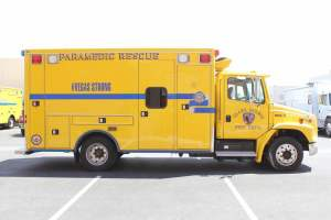 z-1879-clark-county-fire-department-2002-road-rescue-ambulance-remount-006