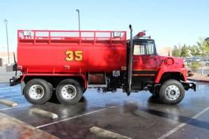 z-1978-Ford-L-8000-Tanker-06