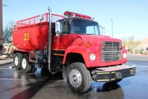 z-1978-Ford-L-8000-Tanker-07