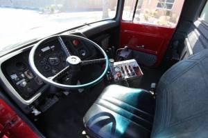 z-1978-Ford-L-8000-Tanker-16