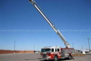 2001-pierce-tilt-cab-for-sale-02