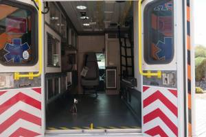 v-2246-Utah-Navajo-Health-System-2021-Ford-E450-Ambulance-Remount-15