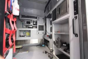 u-2400-community-ambulance-2021-ambulance-remount-002