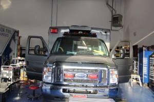 x-2400-community-ambulance-2021-ambulance-remount-02