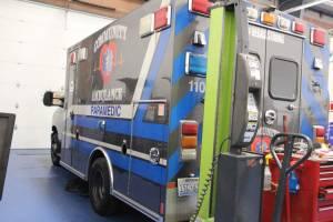 x-2400-community-ambulance-2021-ambulance-remount-06