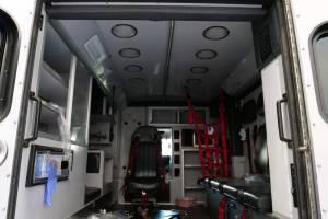 z-2400-community-ambulance-2021-ambulance-remount-10