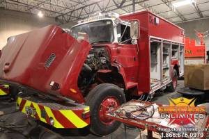 3-us-navy-ford-l8000-hazmat-fire-truck-refurbishment-01
