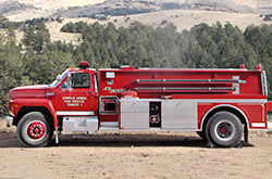 Ford/Smeal 1,600 Gallon Tender