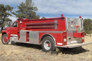 Used Ford F800/Smeal T1600 Water Tanker For Sale
